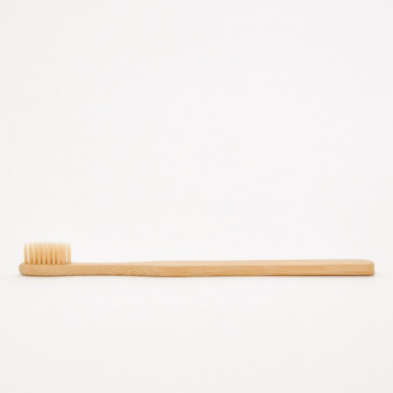 [BAMBOUTB] Bamboo Toothbrush